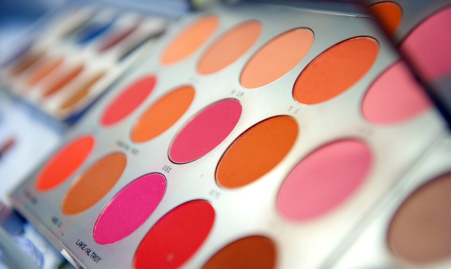 Make-Up-Lesson-Cross-Dressing-Femesque-Surrey-Hampshire-Berkshire